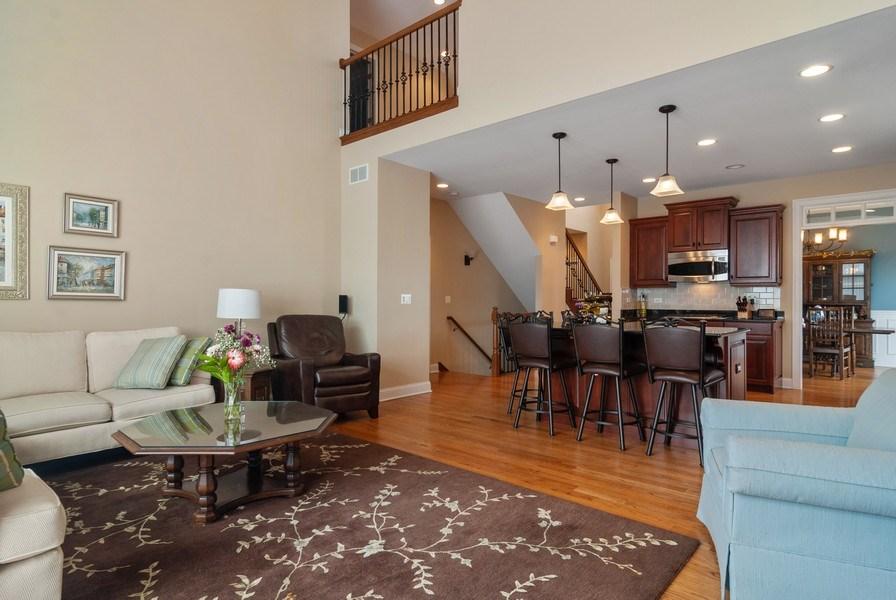Real Estate Photography - 2707 Nicole Circle, Aurora, IL, 60502 - Family Room / Kitchen