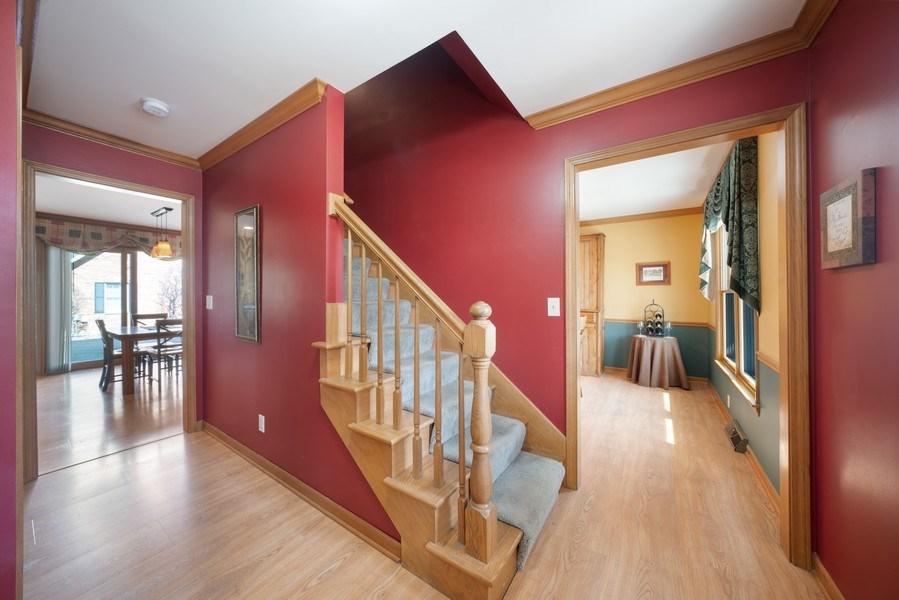 Real Estate Photography - 1161 Morton Street, Batavia, IL, 60510 - Foyer