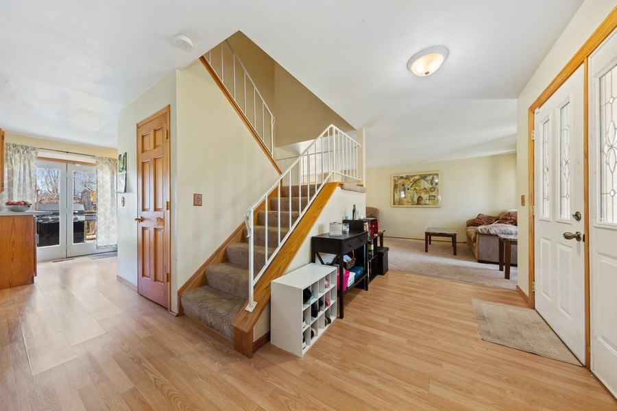 Real Estate Photography - 212 Yellow Pine Drive, Bolingbrook, IL, 60440 - Foyer