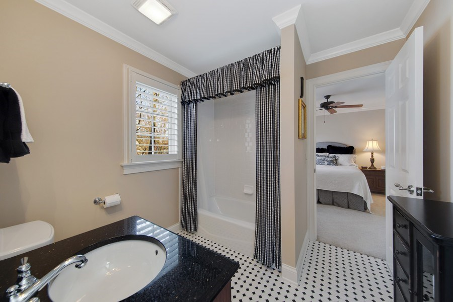 Real Estate Photography - 337 W. Oak Avenue, Wheaton, IL, 60187 - Jack & Jill Bath between Bedroom 2 & 3