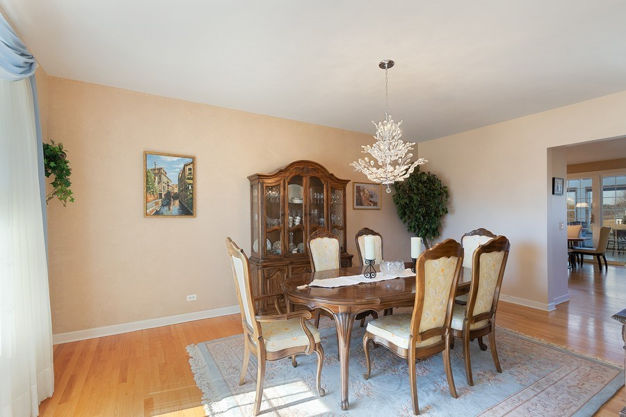 Real Estate Photography - 18 Hawthorn Grove Drive, Hawthorn Woods, IL, 60047 - Dining Room