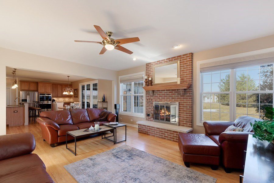 Real Estate Photography - 18 Hawthorn Grove Drive, Hawthorn Woods, IL, 60047 - Family Room