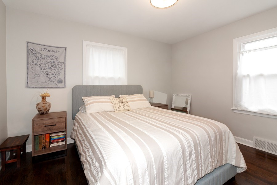 Real Estate Photography - 436 Gierz Street, Downers Grove, IL, 60515 - Bedroom