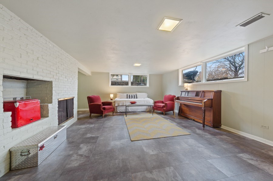 Real Estate Photography - 254 Abbotsford Ct, Glen Ellyn, IL, 60137 - Lower Level