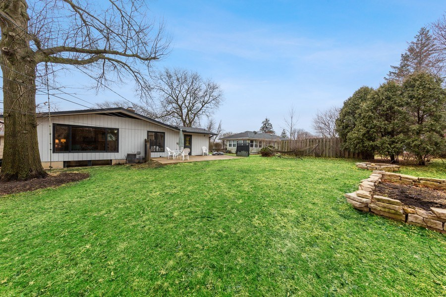 Real Estate Photography - 254 Abbotsford Ct, Glen Ellyn, IL, 60137 - Rear View