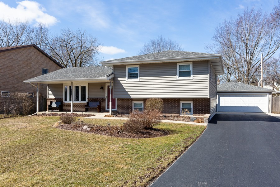 Real Estate Photography - 314 HIGHLAND Road, Willowbrook, IL, 60527 -