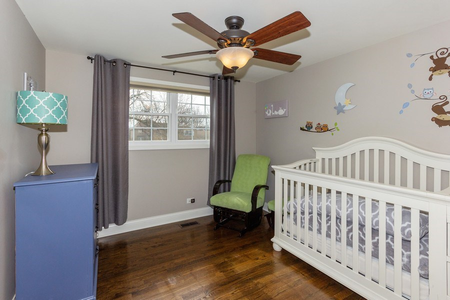 Real Estate Photography - 925 Kennebec Lane, Naperville, IL, 60563 - 3rd bedroom
