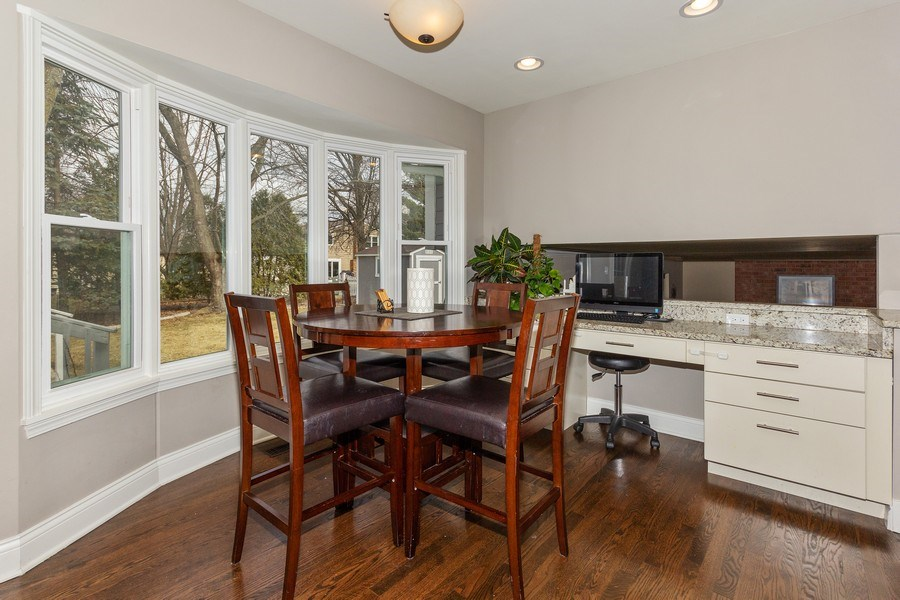 Real Estate Photography - 925 Kennebec Lane, Naperville, IL, 60563 - Breakfast Area