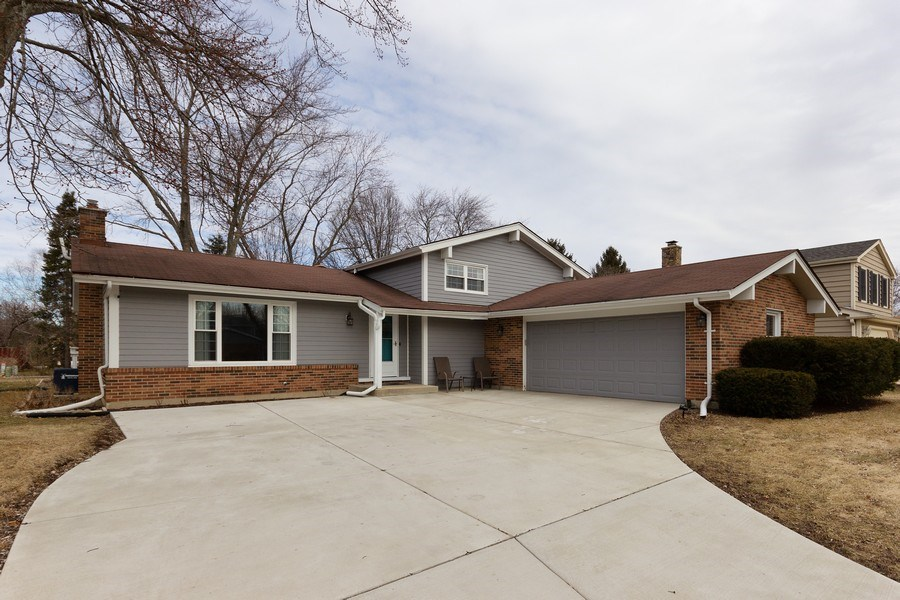 Real Estate Photography - 925 Kennebec Lane, Naperville, IL, 60563 - Front View