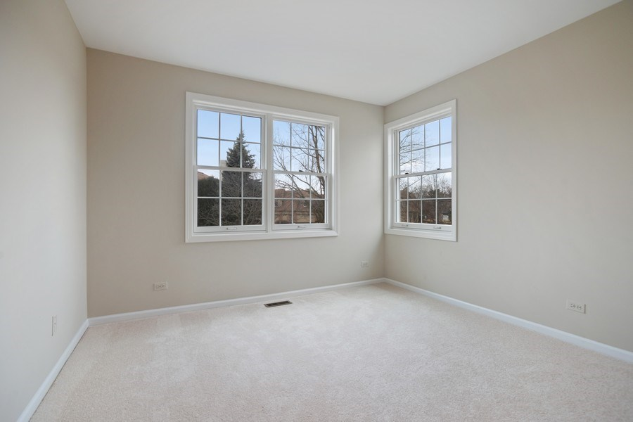 Real Estate Photography - 3052 North Daniels Ct, 201, Arlington Heights, IL, 60004 - 2nd Bedroom