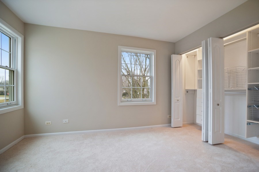 Real Estate Photography - 3052 North Daniels Ct, 201, Arlington Heights, IL, 60004 - Bedroom