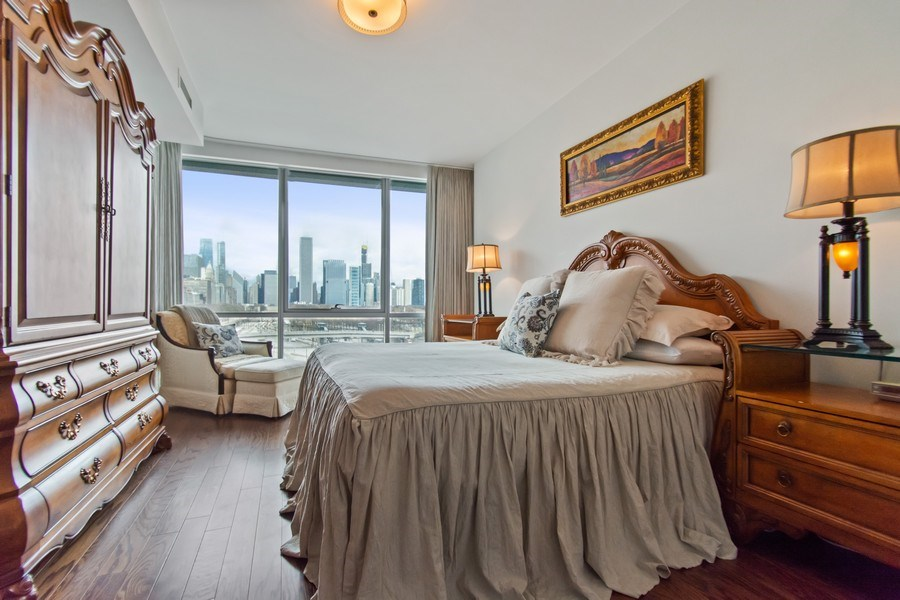 Real Estate Photography - 1201 S. Prairie Avenue, Unit 601, Chicago, IL, 60605 - Master Bedroom
