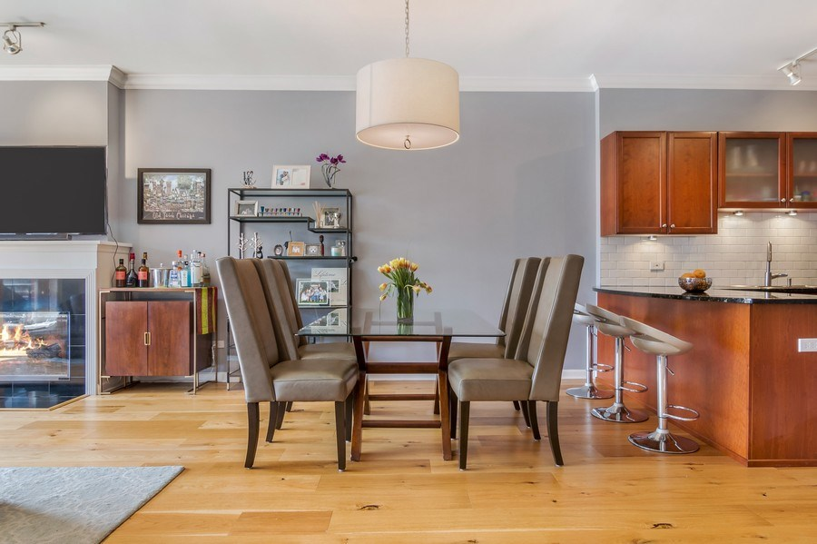 Real Estate Photography - 1429 N. Wells Street, Unit 502, Chicago, IL, 60610 - Dining Room