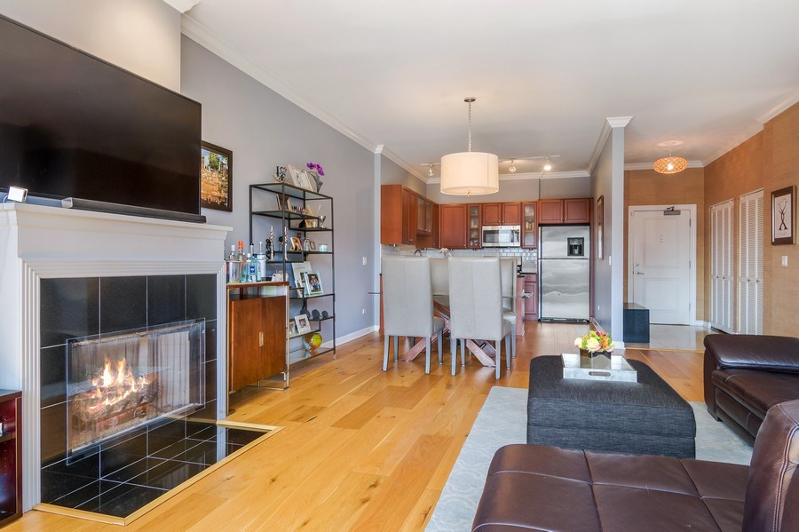 Real Estate Photography - 1429 N. Wells Street, Unit 502, Chicago, IL, 60610 - Kitchen / Living Room