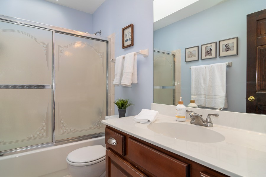 Real Estate Photography - 1456 Polo Drive, Bartlett, IL, 60103 - Full Bathroom