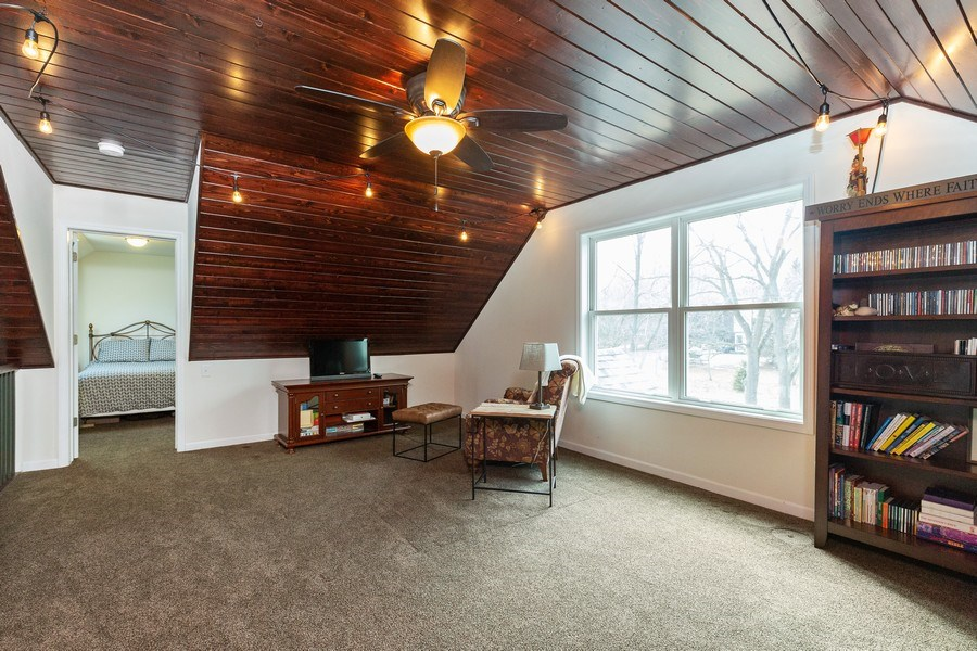 Real Estate Photography - 6503 Sycamore Court, Mchenry, IL, 60050 - Loft