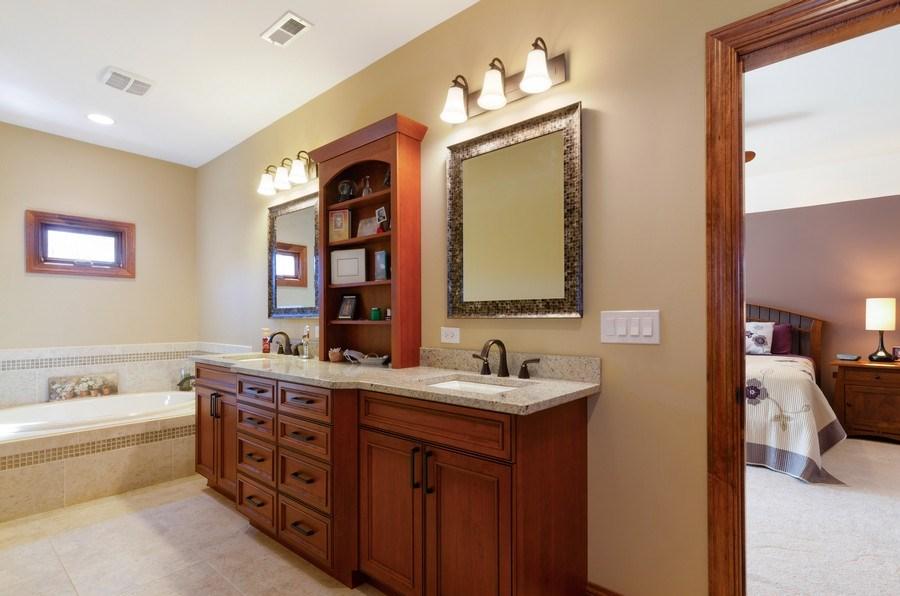 Real Estate Photography - 1065 N. Harrison Street, Algonquin, IL, 60102 - Master Bathroom