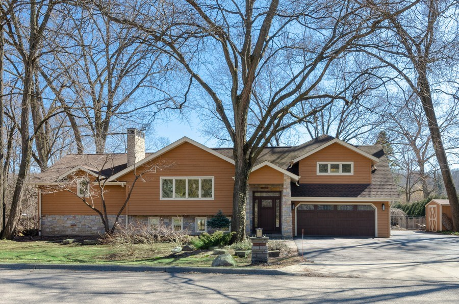 Real Estate Photography - 1065 N. Harrison Street, Algonquin, IL, 60102 - Front View