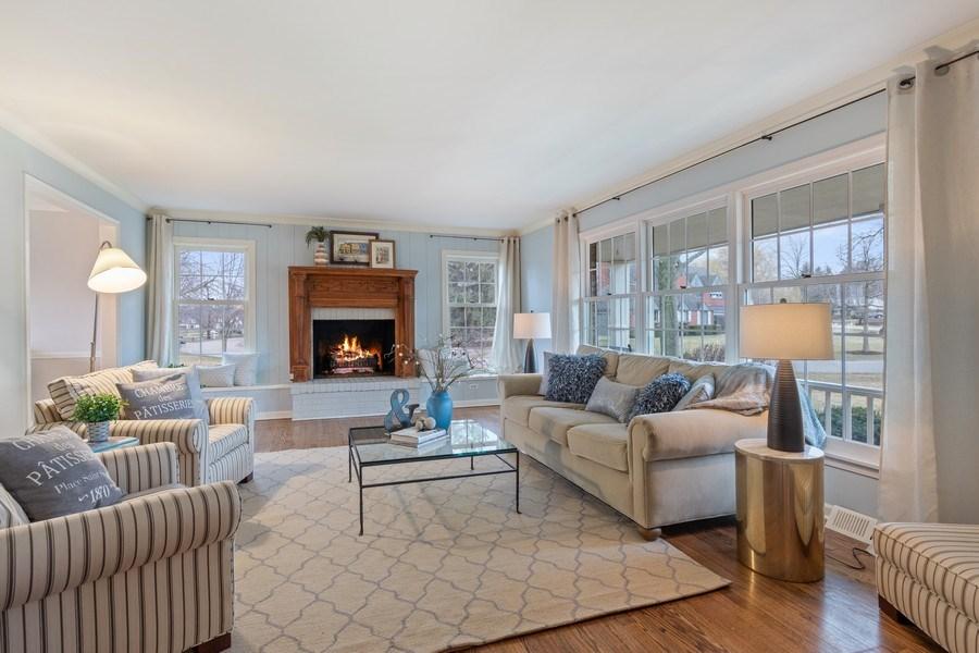 Real Estate Photography - 301 Fox Hunt Trail, Barrington, IL, 60010 - Living Room