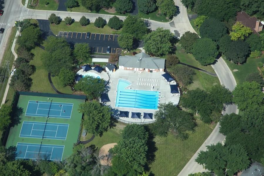Real Estate Photography - 301 Fox Hunt Trail, Barrington, IL, 60010 -