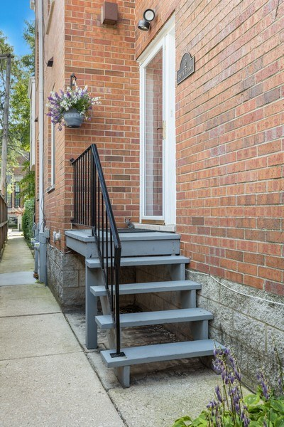 Real Estate Photography - 1810 N Fremont Street, Unit 12, Chicago, IL, 60614 - Front View