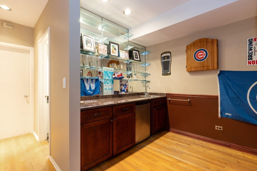 Real Estate Photography - 1810 N Fremont Street, Unit 12, Chicago, IL, 60614 - Bar