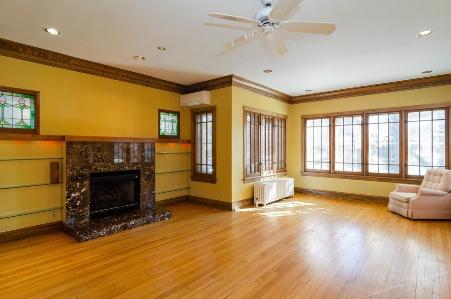 Real Estate Photography - 4506 N. Richmond Street, Chicago, IL, 60625 - Living Room
