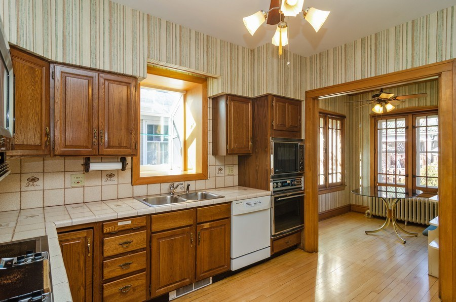 Real Estate Photography - 4506 N. Richmond Street, Chicago, IL, 60625 - Kitchen