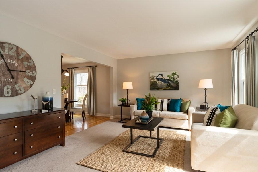 Real Estate Photography - 4980 Oak Ln, Gurnee, IL, 60031 - Living Room