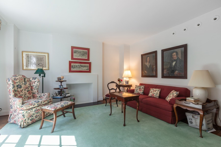Real Estate Photography - 210 E. Pearson Street, Unit 2A, Chicago, IL, 60611 - Living Room