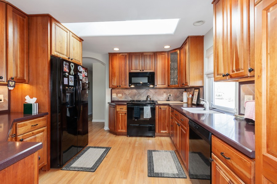 Real Estate Photography - 6613 Briargate Drive, Downers Grove, IL, 60516 - Kitchen