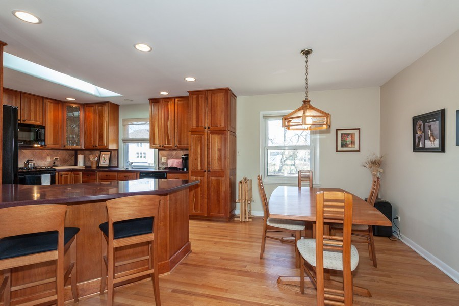 Real Estate Photography - 6613 Briargate Drive, Downers Grove, IL, 60516 - Kitchen / Dining Room