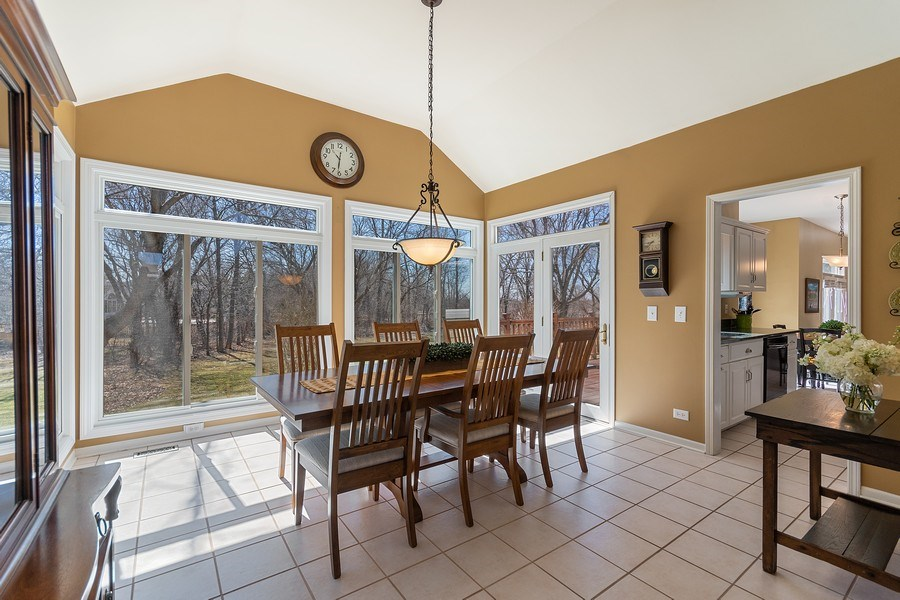 Real Estate Photography - 624 Bailey Dr, Batavia, IL, 60510 - Dining Room