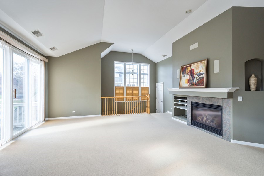 Real Estate Photography - 355 Promontory Lane, Unit B, Wauconda, IL, 60084 - Living Room