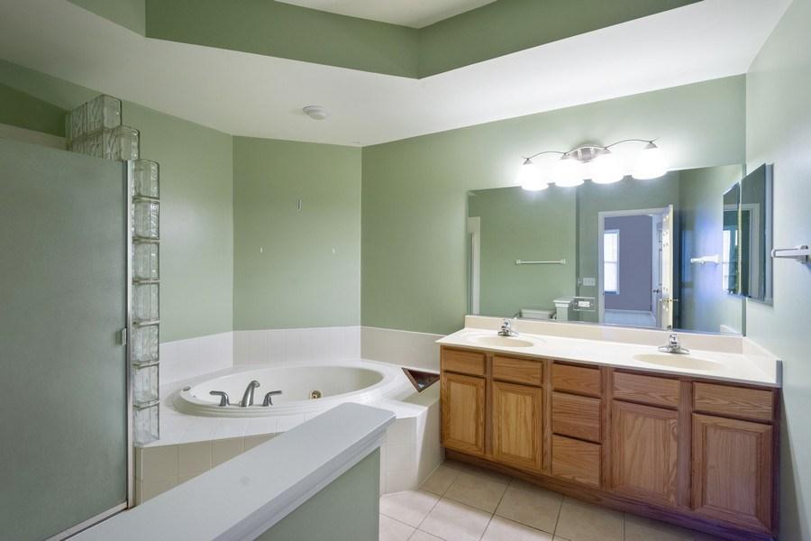Real Estate Photography - 355 Promontory Lane, Unit B, Wauconda, IL, 60084 - Master Bathroom