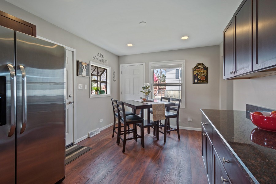 Real Estate Photography - 1540 Manhatas Trail, Algonquin, IL, 60102 - Kitchen