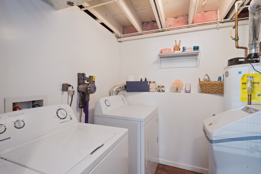 Real Estate Photography - 1540 Manhatas Trail, Algonquin, IL, 60102 - Laundry Room
