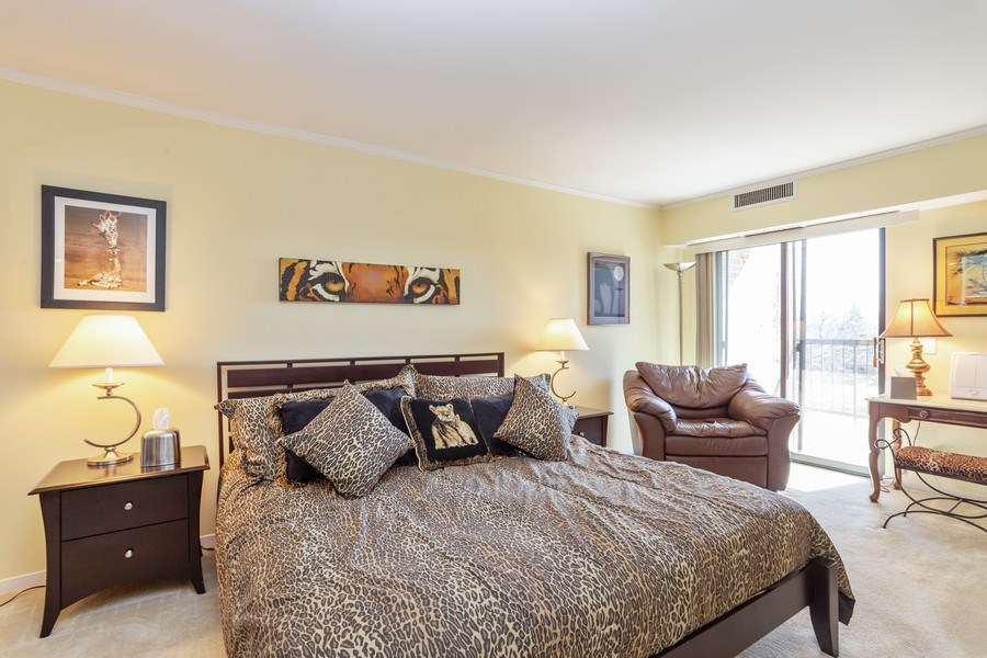 Real Estate Photography - 1405 E. Central Road, Unit 421C, Arlington Heights, IL, 60005 - Master Bedroom
