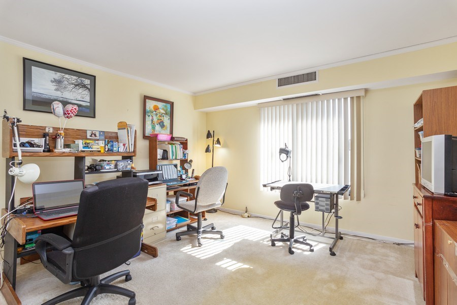 Real Estate Photography - 1405 E. Central Road, Unit 421C, Arlington Heights, IL, 60005 - 2nd Bedroom