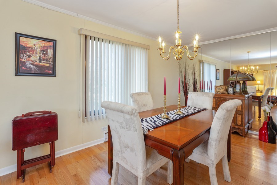 Real Estate Photography - 1405 E. Central Road, Unit 421C, Arlington Heights, IL, 60005 - Dining Room