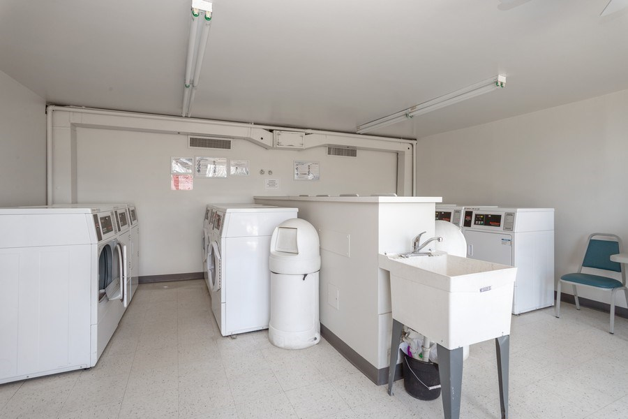 Real Estate Photography - 1405 E. Central Road, Unit 421C, Arlington Heights, IL, 60005 - Laundry Room