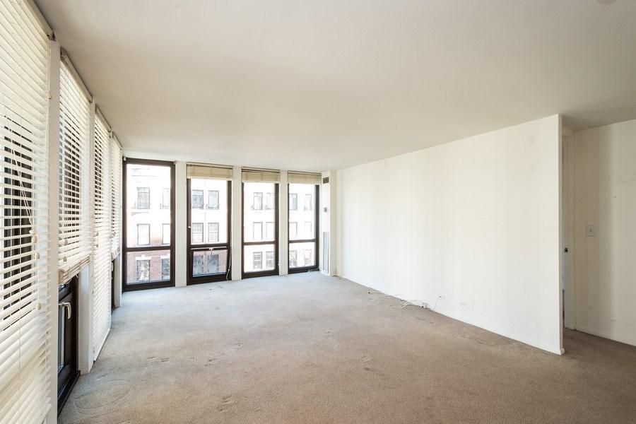 Real Estate Photography - 1 E. SCOTT Street, Unit 810, Chicago, IL, 60610 - Living Room