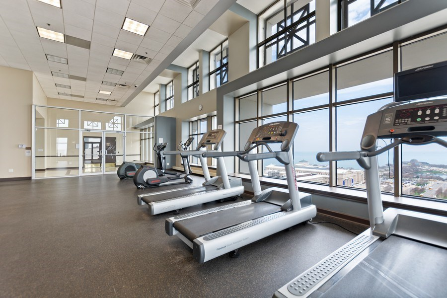 Real Estate Photography - 1335 S. Prairie Avenue, Unit 504, Chicago, IL, 60605 - Exercise Room
