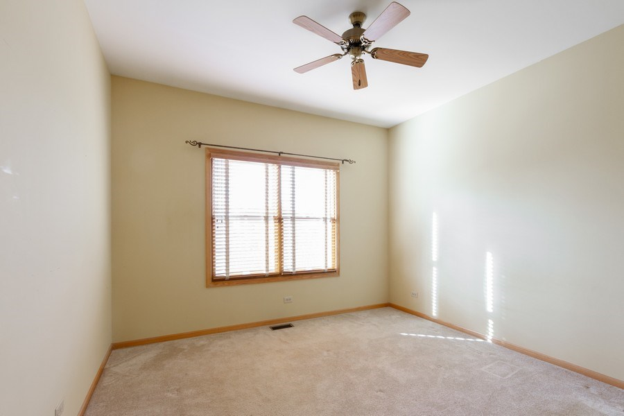 Real Estate Photography - 935 Woodland Dr, Antioch, IL, 60002 - 2nd Bedroom