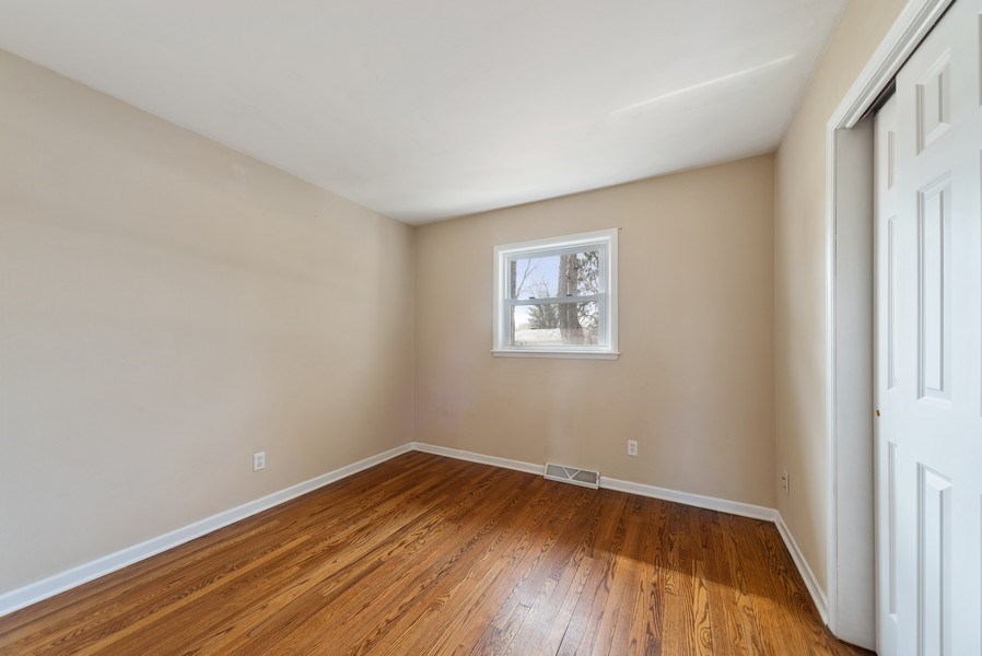 Real Estate Photography - 349 Mary Ln, Crystal Lake, IL, 60014 - Bedroom