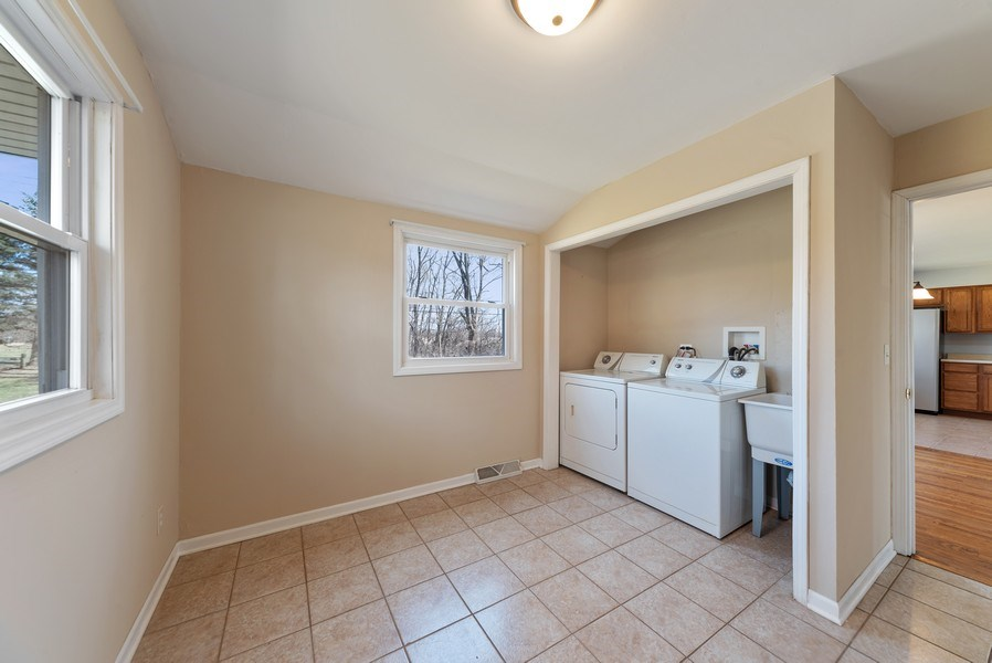 Real Estate Photography - 349 Mary Ln, Crystal Lake, IL, 60014 - Laundry Room