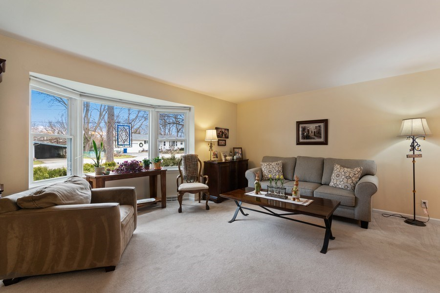 Real Estate Photography - 815 Ohio Avenue, St. Charles, IL, 60174 - Living Room