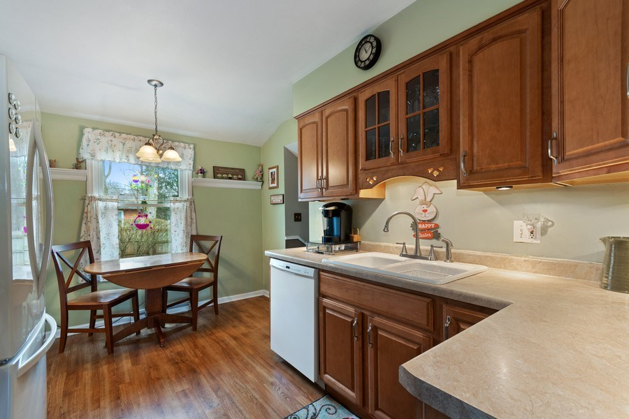 Real Estate Photography - 815 Ohio Avenue, St. Charles, IL, 60174 - Kitchen