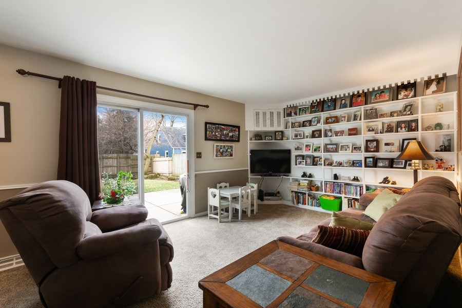 Real Estate Photography - 815 Ohio Avenue, St. Charles, IL, 60174 - Family Room