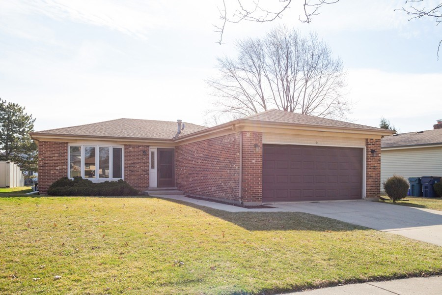 Real Estate Photography - 31 N. Lombard Road, Addison, IL, 60101 - Front View